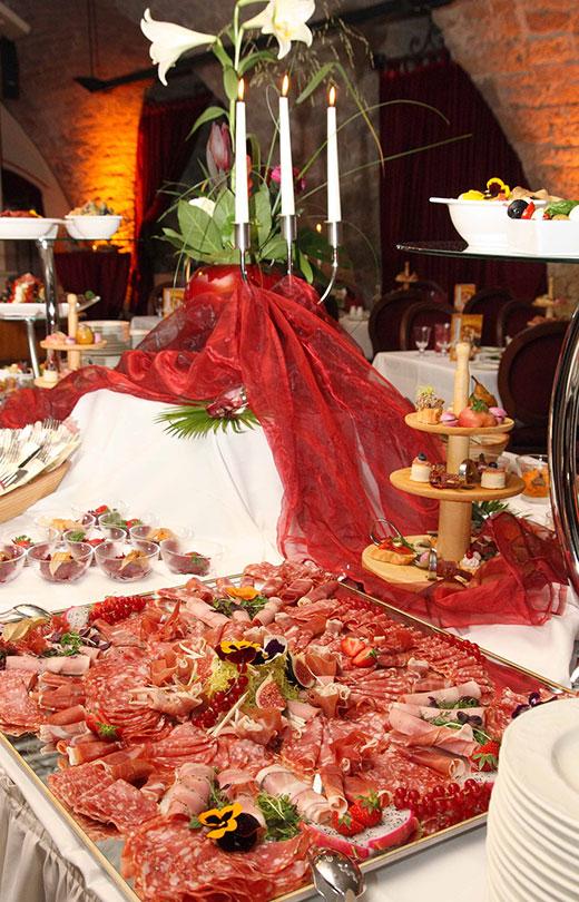 Menüs Buffetangebote Erlebnisreiche Stunden Im Pulverturm Dresden